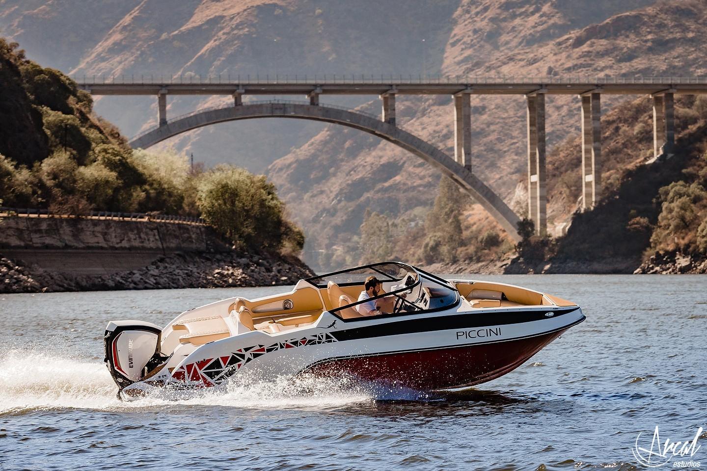 050_Piccini boats, lanchas 229, puente dique lago san roqueA