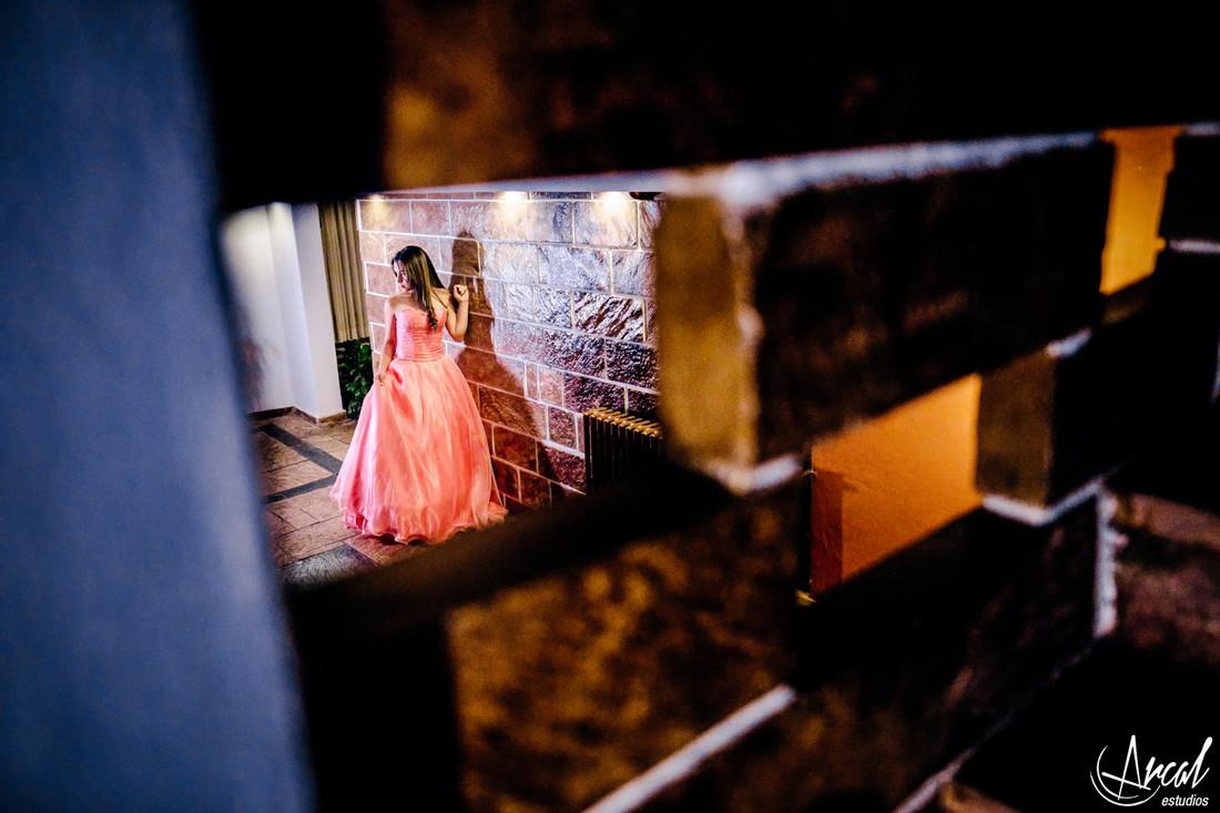 041-fatima-garci-a-quincean-era-malaguen-o-yocsina-fotografos-carlos-paz-hotel-las-lajas-cordoba-38394