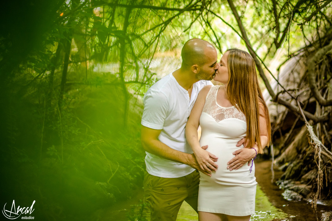 04-estefi-y-maxi-sesion-embarazo-pre-natal-pregnant-fotografia-de-embarazada-familiaa-43610